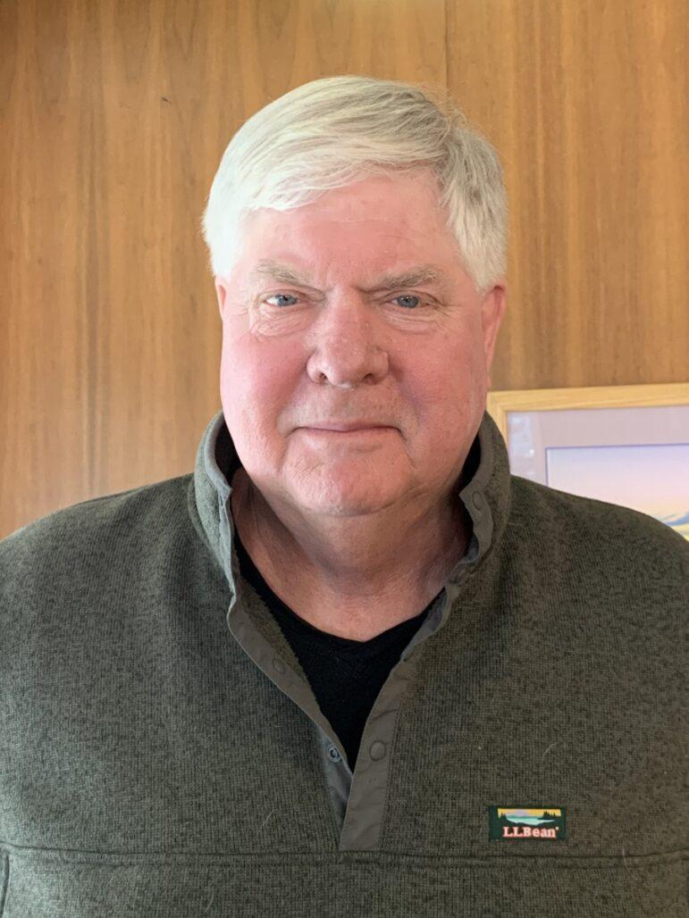 headshot of team member Dave Larson